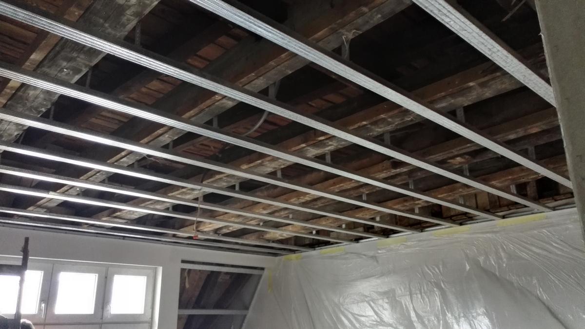 Izolacja dachu, ocieplenie pianą PUR, Poznań Izolacje Natryskowe IzolPoznań